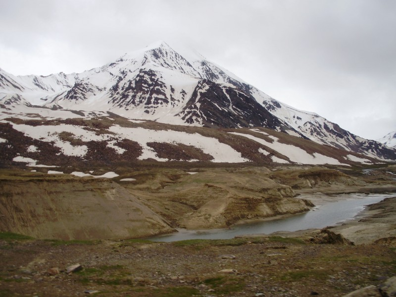 Road from Manali to Leh