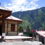 Manali - land of marijuana and green mountains in Himachal Pradesh