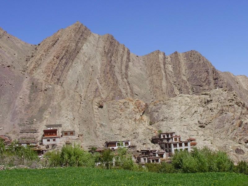 Hemis monastery - surrounding