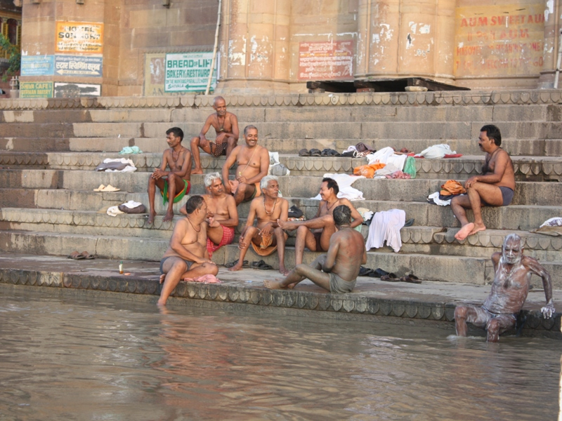 washing clothes in Varanasi