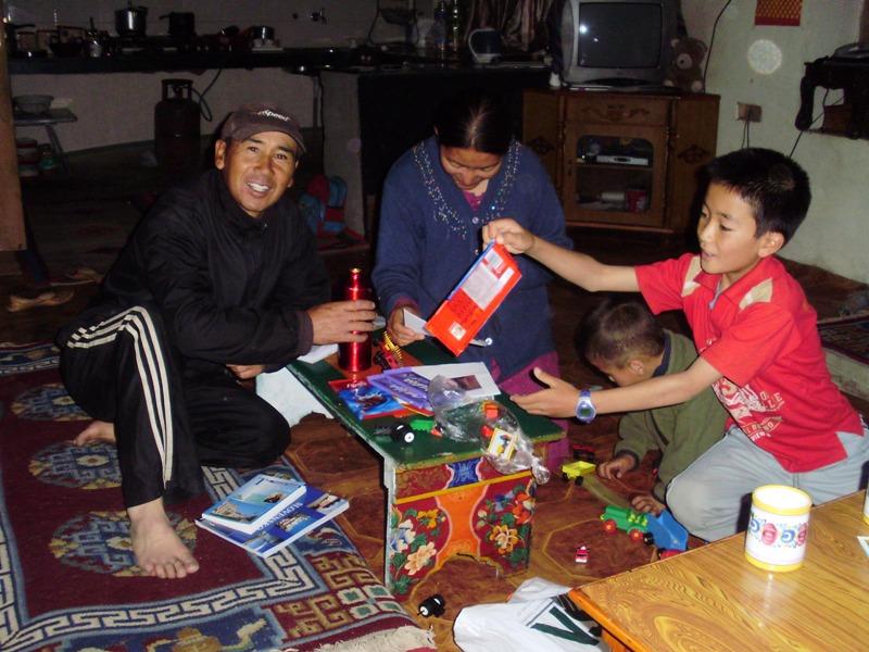 ladakhi family rab yang guest house