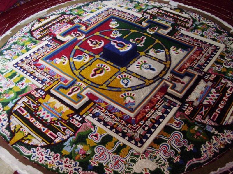How Buddhist monks build sand mandala? - Path is my goal