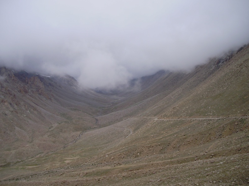 road to nubra valley