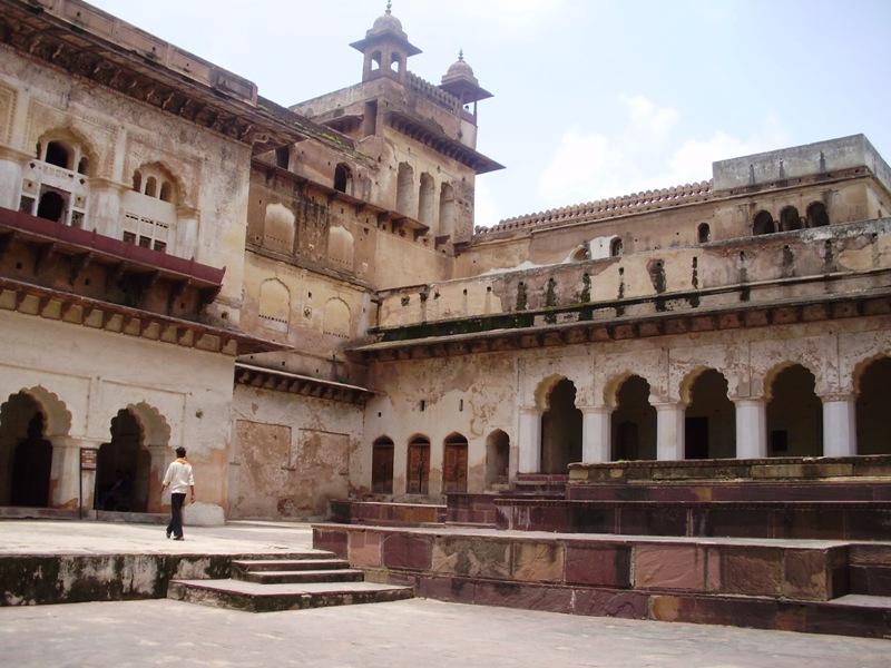 orchha palace