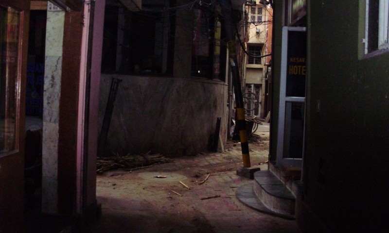 paharganj at night
