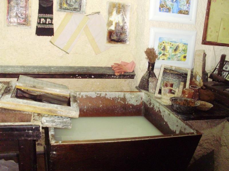 Hand-made paper workshop