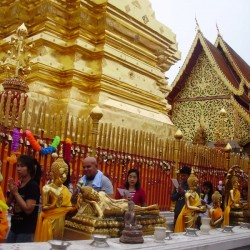 Wat Phra That Doi Suthep and Wat Pha Lat in a One Day